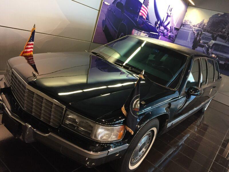 clinton limo little rock museum