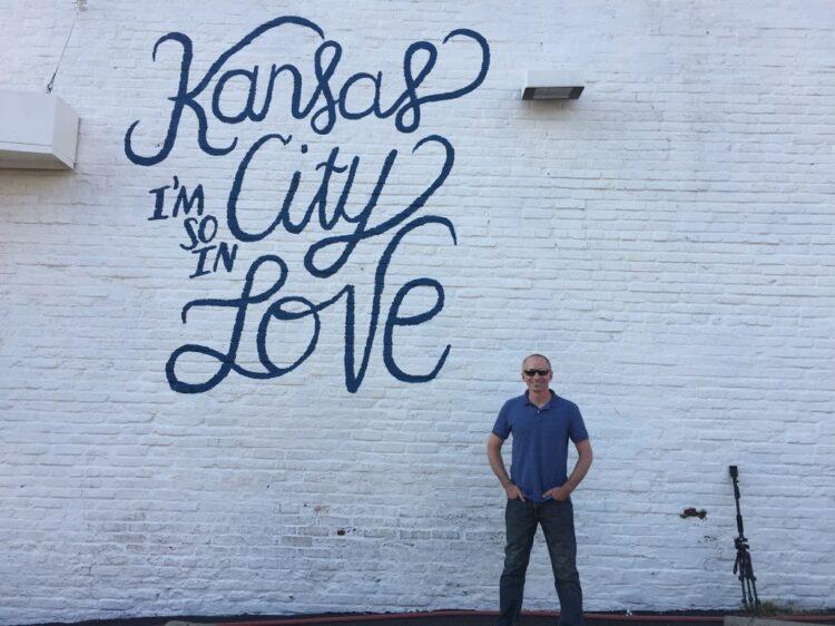 KC love mural